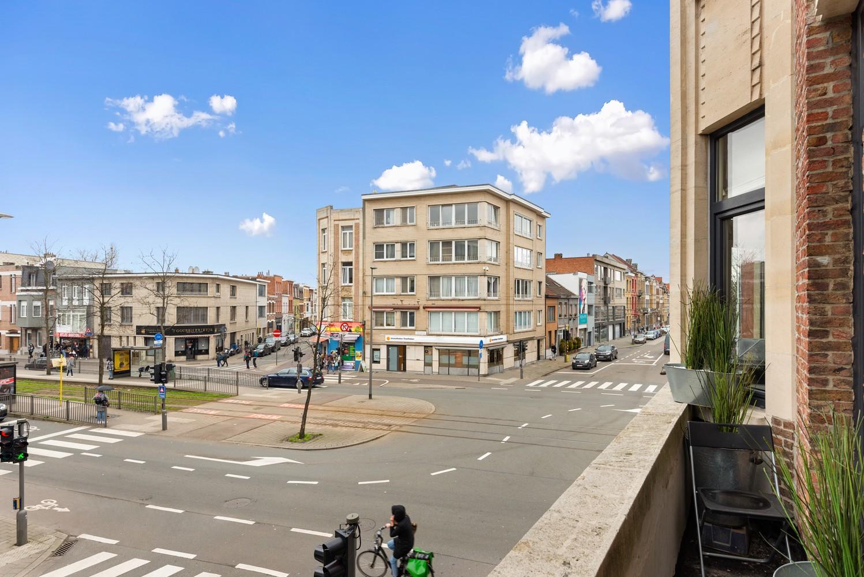 Heel mooi gerenoveerd en lichtrijk appartement (+/- 115 m²) nabij het Nachtegalenpark! afbeelding 21