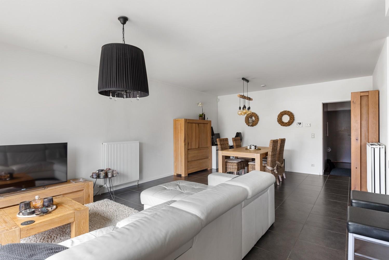 Instapklaar gelijkvloers appartement met 2 slaapkamers en zonnige tuin in centrum Duffel! afbeelding 8