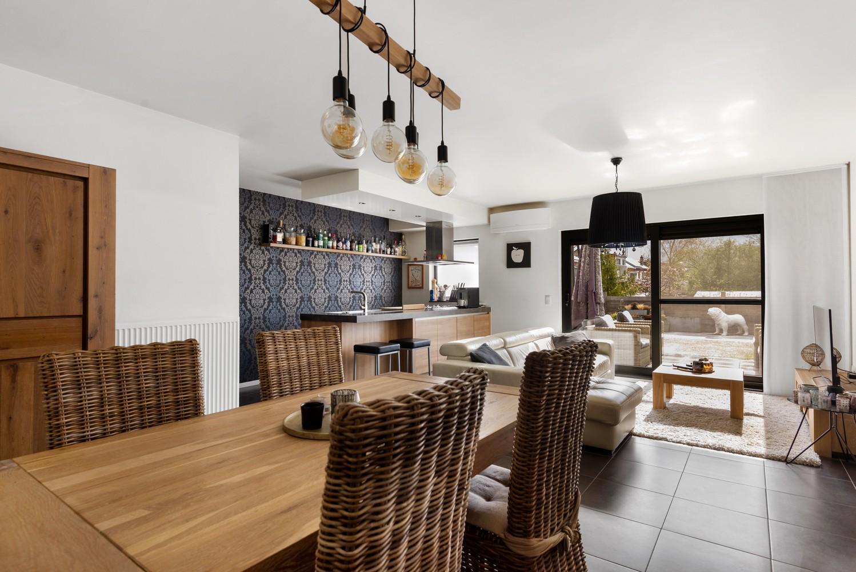 Instapklaar gelijkvloers appartement met 2 slaapkamers en zonnige tuin in centrum Duffel! afbeelding 5