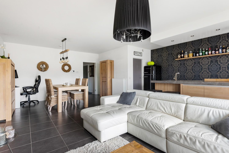 Instapklaar gelijkvloers appartement met 2 slaapkamers en zonnige tuin in centrum Duffel! afbeelding 6