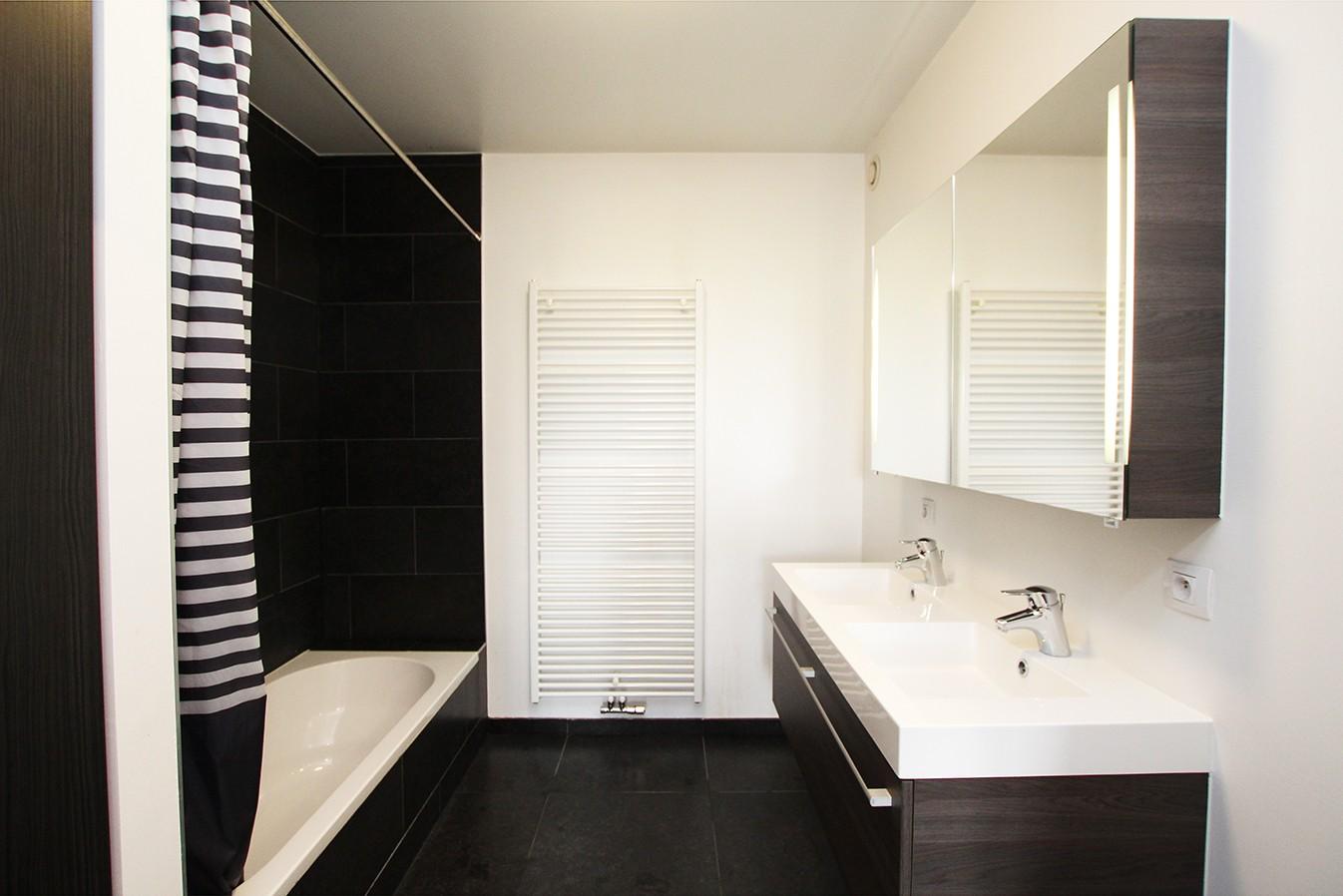 Recent appartement met twee slaapkamers en terras op rustige en groene locatie te Wijnegem! afbeelding 7