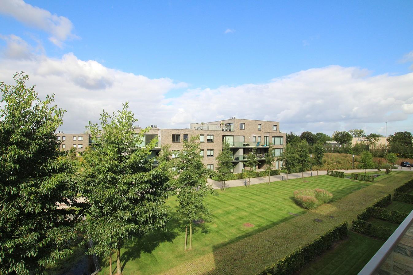 Recent appartement met twee slaapkamers en terras op rustige en groene locatie te Wijnegem! afbeelding 11