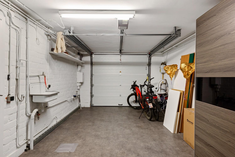 Gerenoveerde bel-etage met praktijk mogelijkheden, gelegen op centrale locatie in een rustige woonwijk afbeelding 3