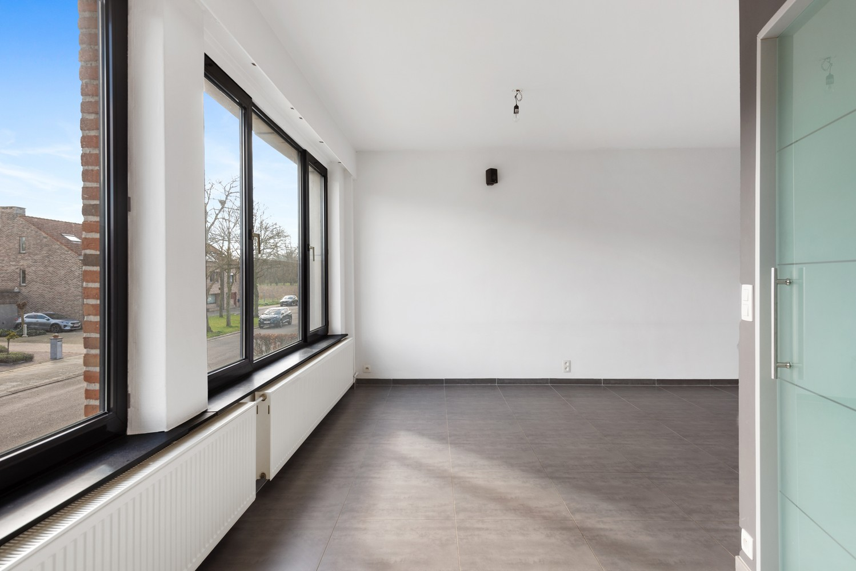 Gerenoveerde bel-etage met praktijk mogelijkheden, gelegen op centrale locatie in een rustige woonwijk afbeelding 8