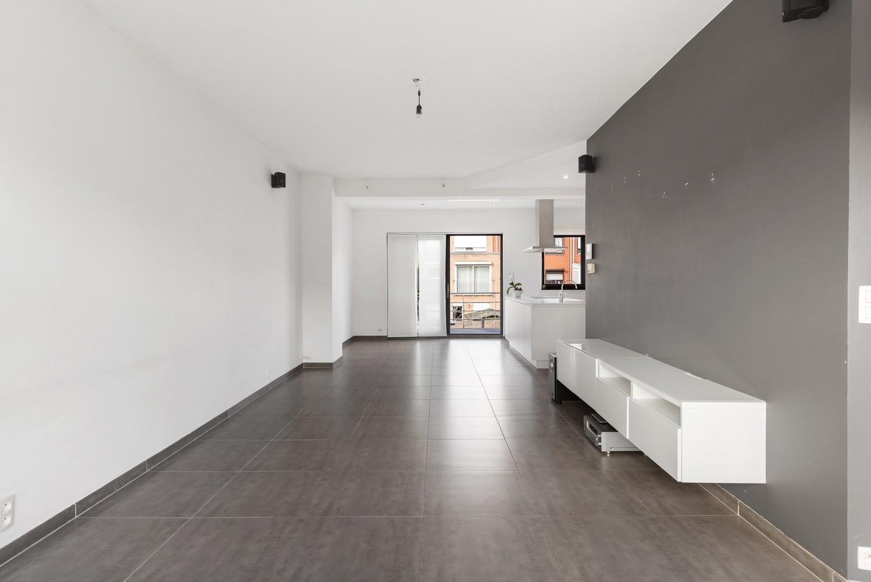 Gerenoveerde bel-etage met praktijk mogelijkheden, gelegen op centrale locatie in een rustige woonwijk afbeelding 10