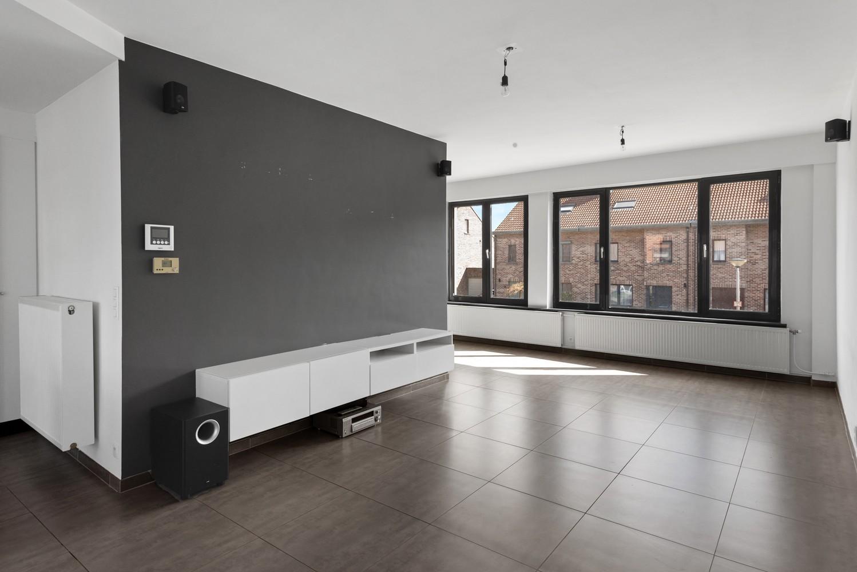 Gerenoveerde bel-etage met praktijk mogelijkheden, gelegen op centrale locatie in een rustige woonwijk afbeelding 17