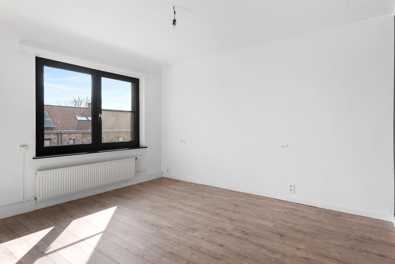 Gerenoveerde bel-etage met praktijk mogelijkheden, gelegen op centrale locatie in een rustige woonwijk afbeelding 22