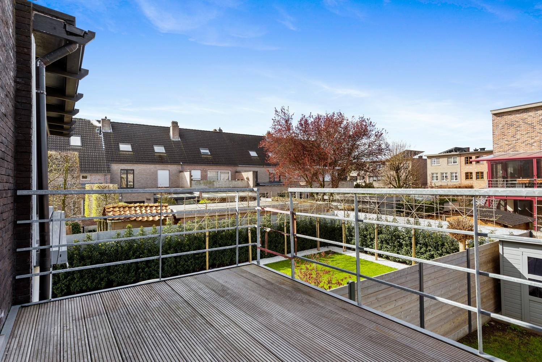Gerenoveerde bel-etage met praktijk mogelijkheden, gelegen op centrale locatie in een rustige woonwijk afbeelding 26