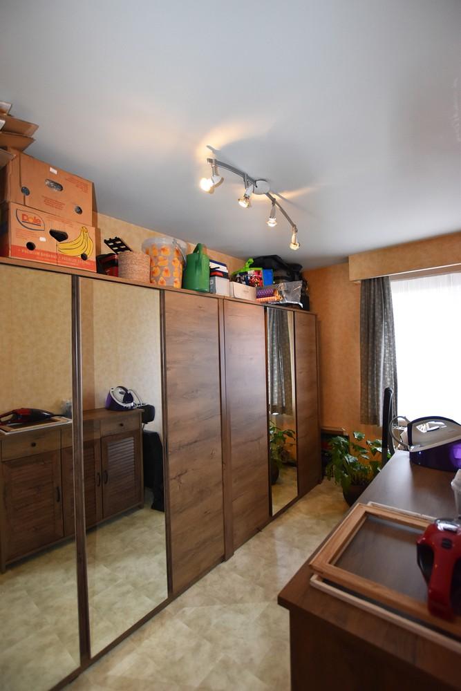 Verzorgd appartement op de tweede verdieping met twee slaapkamers te Wijnegem! afbeelding 9