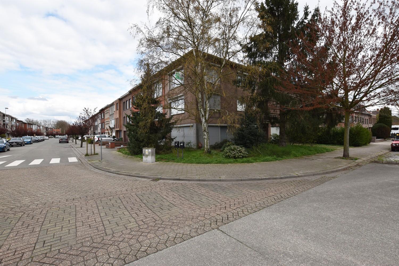 Verzorgd appartement op de tweede verdieping met twee slaapkamers te Wijnegem! afbeelding 12
