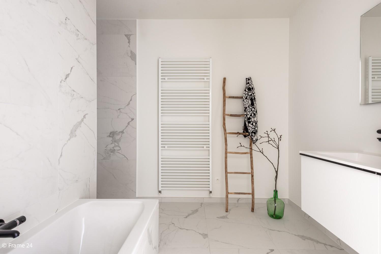 Prachtig gelijkvloers nieuwbouwappartement (± 110 m²) met 3 slaapkamers, zuid-gericht terras & parktuin afbeelding 13