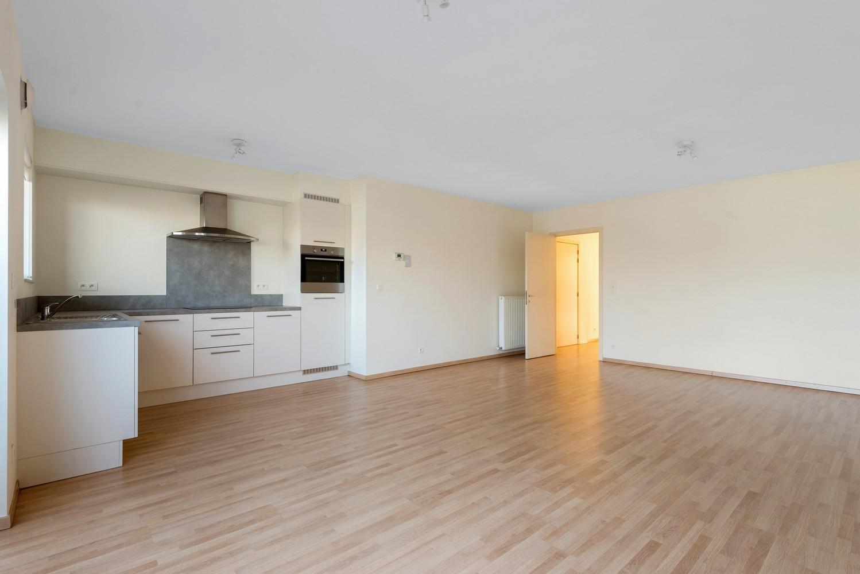 Recent en modern appartement met twee slaapkamers en terras te Deurne! afbeelding 3