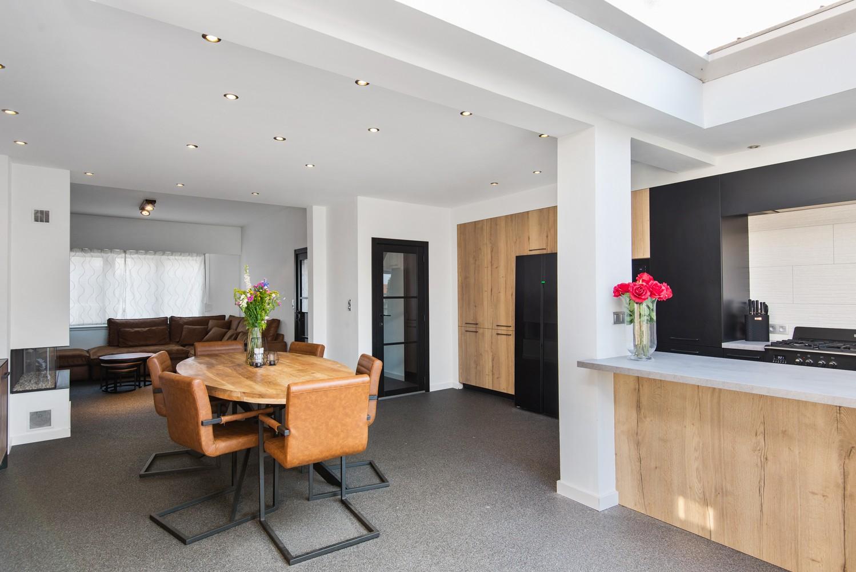 Gerenoveerde woning met drie slaapkamers en zuidgerichte tuin te Schoten! afbeelding 9