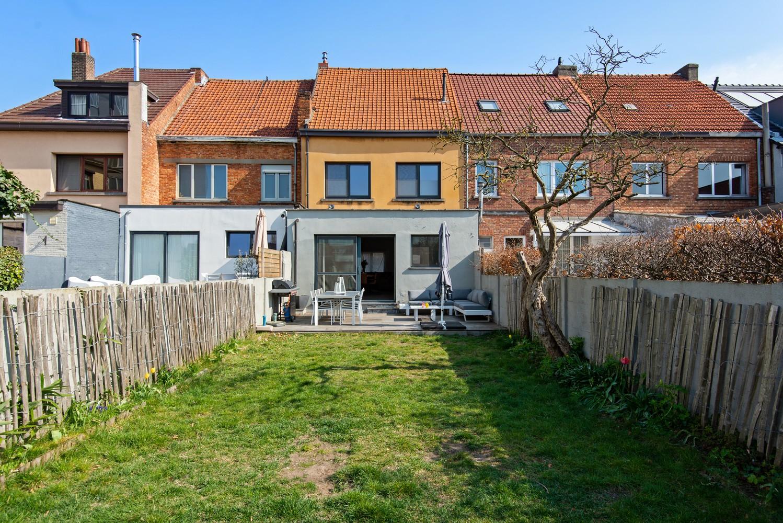 Gerenoveerde woning met drie slaapkamers en zuidgerichte tuin te Schoten! afbeelding 21