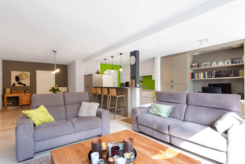 Zeer gunstig gelegen woning met 4 slaapkamers & tuin in Mortsel! afbeelding 3