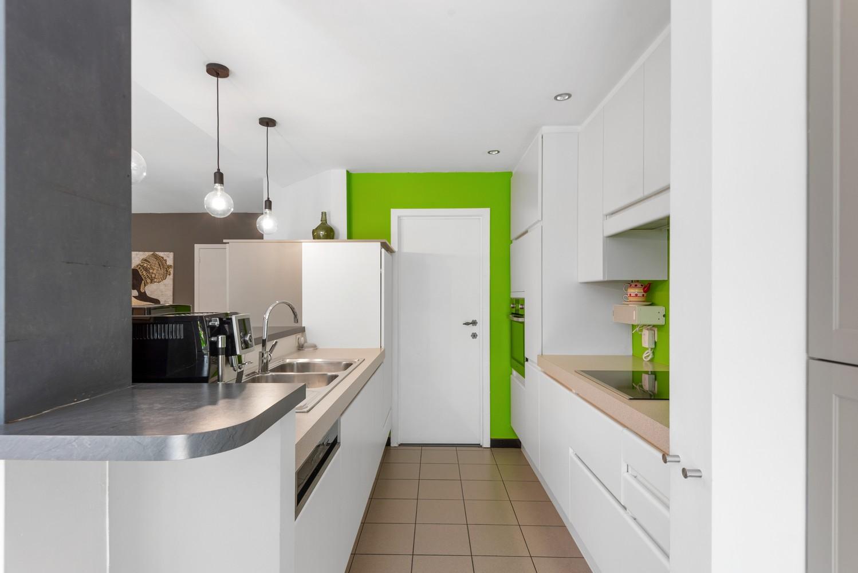 Zeer gunstig gelegen woning met 4 slaapkamers & tuin in Mortsel! afbeelding 5