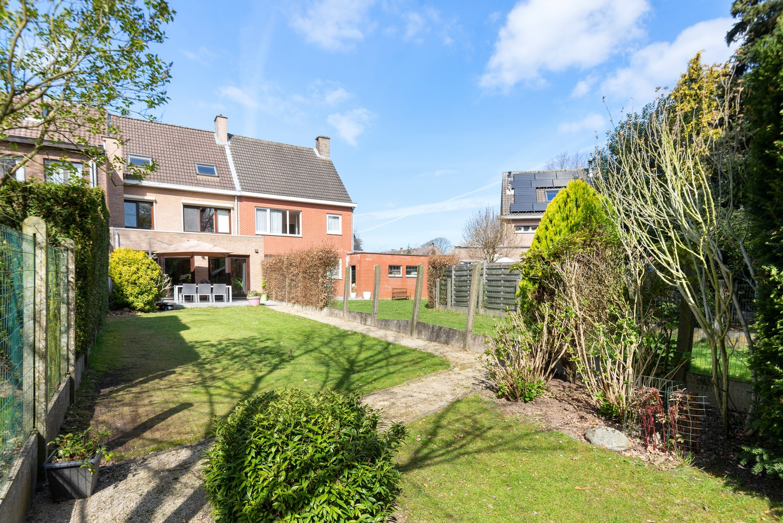 Zeer gunstig gelegen woning met 4 slaapkamers & tuin in Mortsel! afbeelding 8
