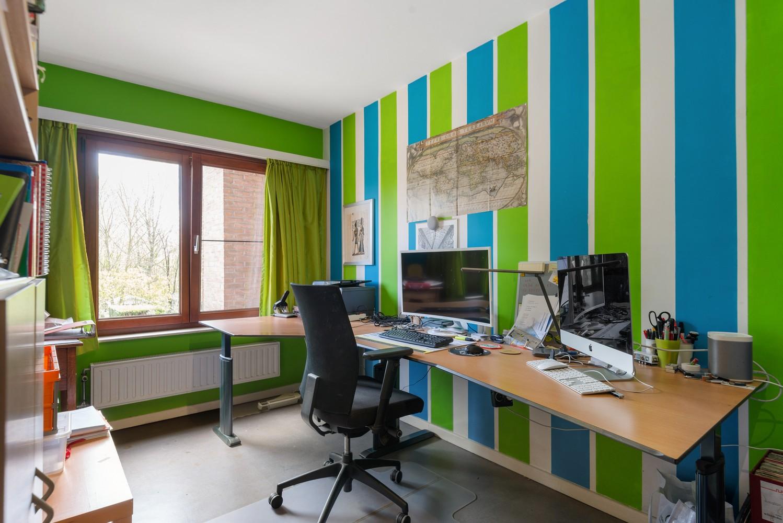 Zeer gunstig gelegen woning met 4 slaapkamers & tuin in Mortsel! afbeelding 12