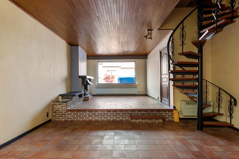 Te renoveren woning op een zeer centrale locatie te Wijnegem! afbeelding 5
