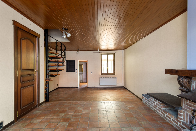 Te renoveren woning op een zeer centrale locatie te Wijnegem! afbeelding 2