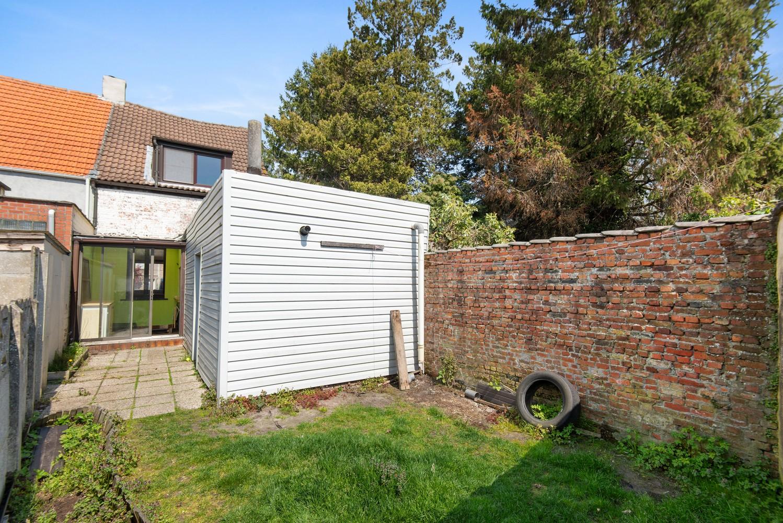 Te renoveren woning op een zeer centrale locatie te Wijnegem! afbeelding 14