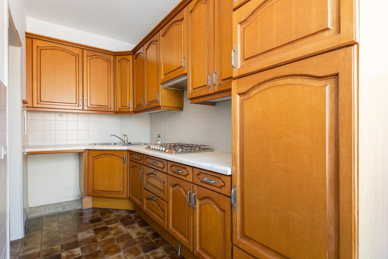 Te renoveren appartement met één slaapkamer te Antwerpen! afbeelding 9