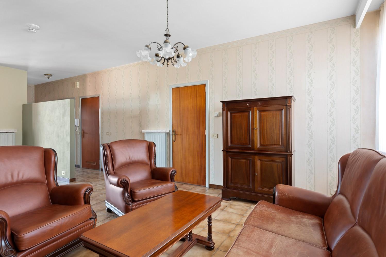 Te renoveren appartement met één slaapkamer te Antwerpen! afbeelding 4