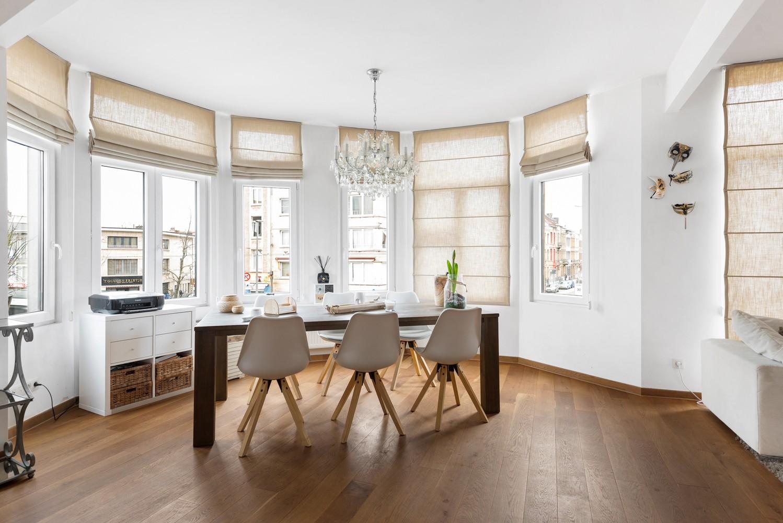 Heel mooi gerenoveerd en lichtrijk appartement (+/- 115 m²) nabij het Nachtegalenpark! afbeelding 10