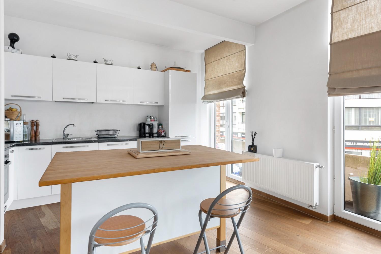 Heel mooi gerenoveerd en lichtrijk appartement (+/- 115 m²) nabij het Nachtegalenpark! afbeelding 12