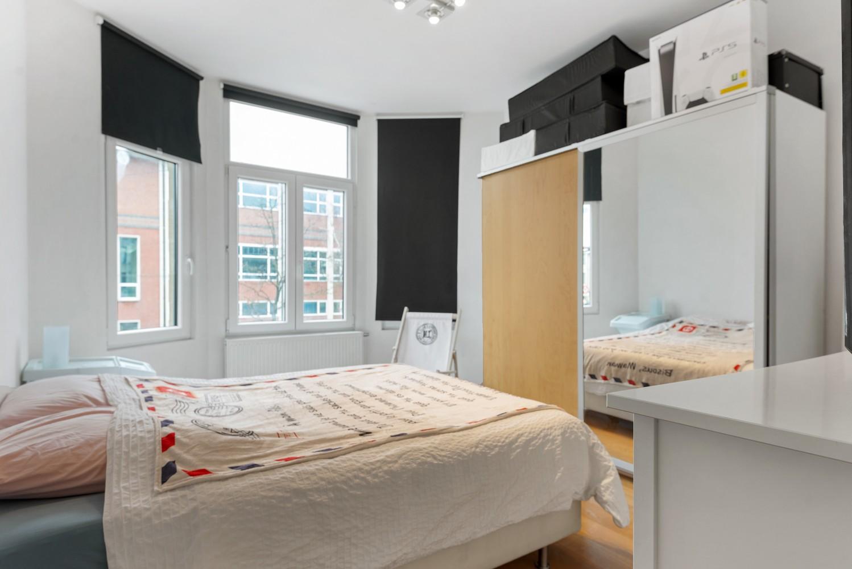 Heel mooi gerenoveerd en lichtrijk appartement (+/- 115 m²) nabij het Nachtegalenpark! afbeelding 16