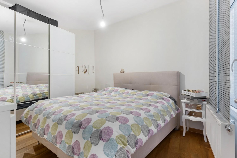 Heel mooi gerenoveerd en lichtrijk appartement (+/- 115 m²) nabij het Nachtegalenpark! afbeelding 17