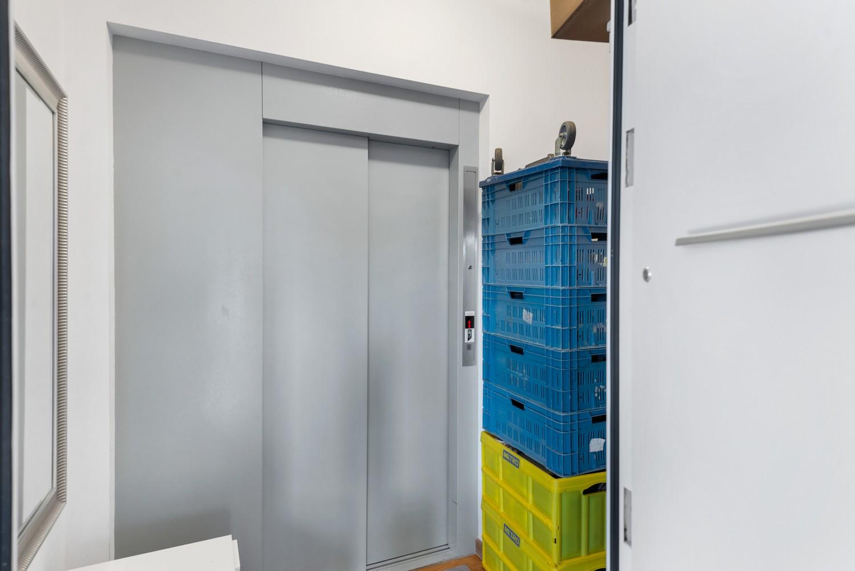 Heel mooi gerenoveerd en lichtrijk appartement (+/- 115 m²) nabij het Nachtegalenpark! afbeelding 20
