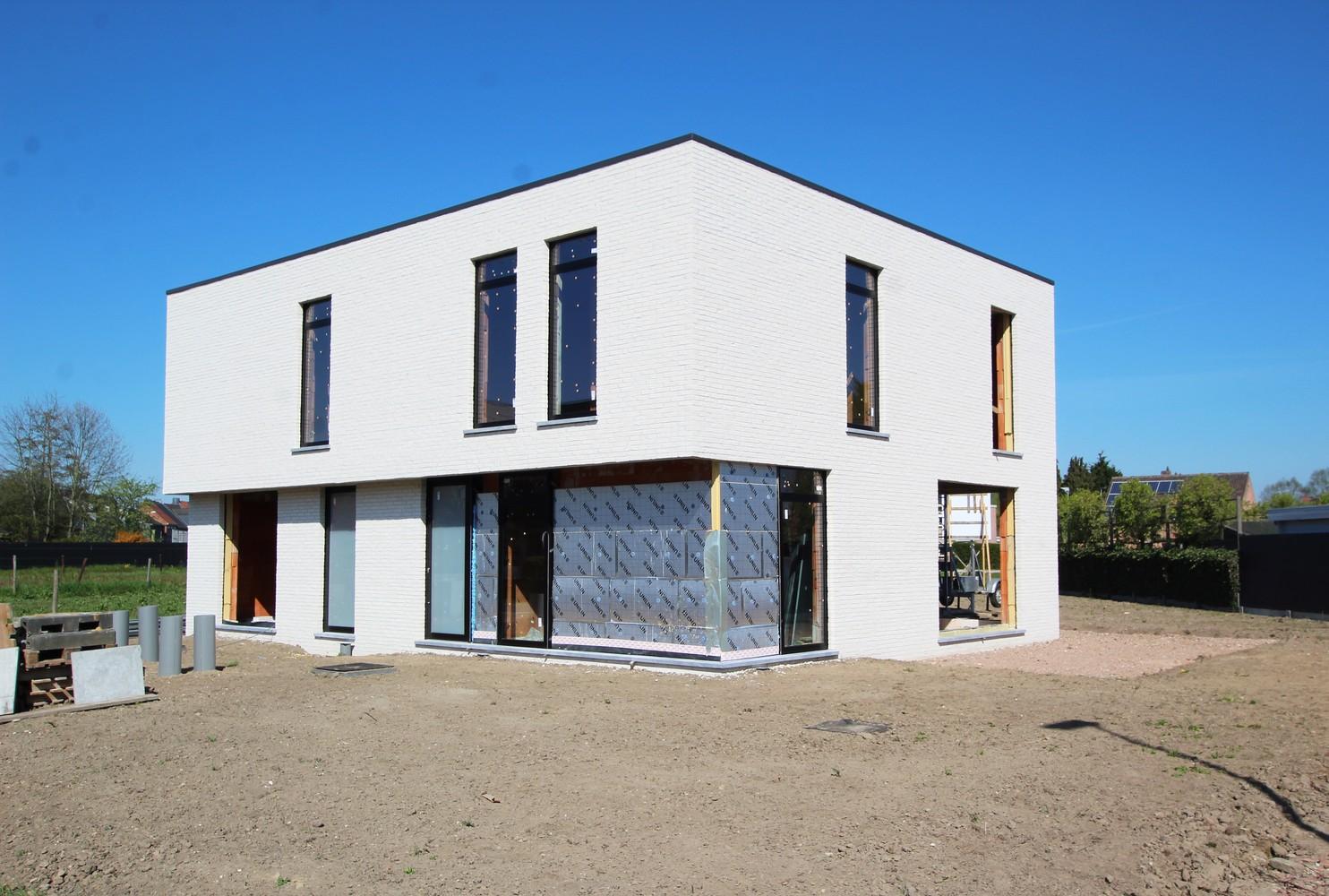 Luxueuze halfopen BEN-woning met 3 slaapkamers nabij centrum Broechem! afbeelding 8