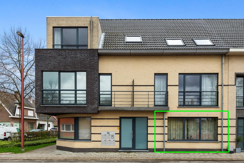Gezellig, gelijkvloers appartement met tuin en terras in centrum Lint! afbeelding 1