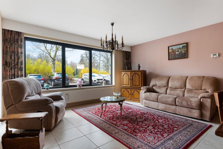 Gezellig, gelijkvloers appartement met tuin en terras in centrum Lint! afbeelding 4