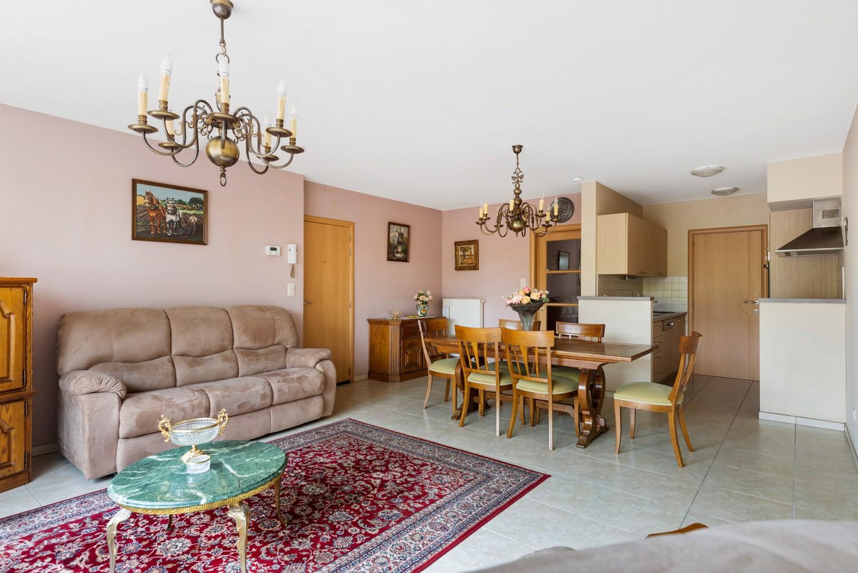 Gezellig, gelijkvloers appartement met tuin en terras in centrum Lint! afbeelding 5