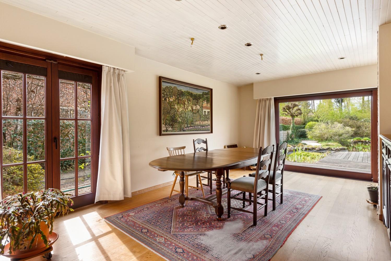 Verrassend ruime woning met idyllische tuin op een zeer gunstige locatie in Oelegem! afbeelding 7