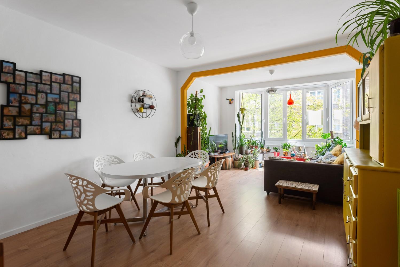 Trendy en volledig gerenoveerd 1-slpk appartement gelegen in de Tentoonstellingswijk! afbeelding 2