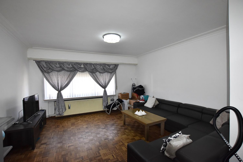 Gelijkvloers appartement met één slaapkamer en tuin te 2020 Antwerpen! afbeelding 2
