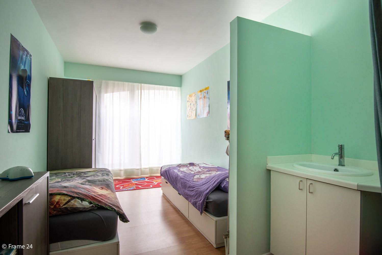 Zeer ruim en instapklaar gelijkvloers appartement met tuin en garage te Wijnegem! afbeelding 16