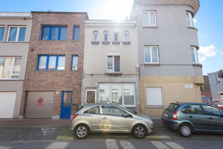 Op te frissen eengezinswoning met drie slaapkamers en buitenruimte te Deurne. afbeelding 21