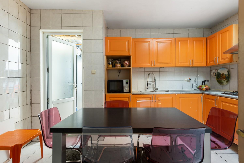 Op te frissen eengezinswoning met drie slaapkamers en buitenruimte te Deurne. afbeelding 10