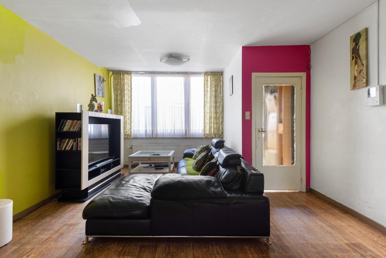 Op te frissen eengezinswoning met drie slaapkamers en buitenruimte te Deurne. afbeelding 4
