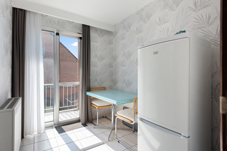 Verzorgd en ruim appartement met drie slaapkamers en terras te Wijnegem! afbeelding 12