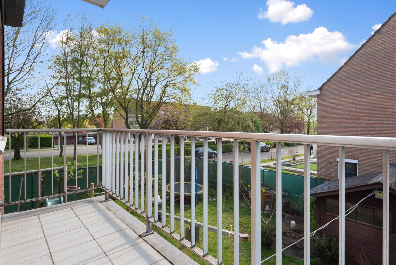 Verzorgd en ruim appartement met drie slaapkamers en terras te Wijnegem! afbeelding 14