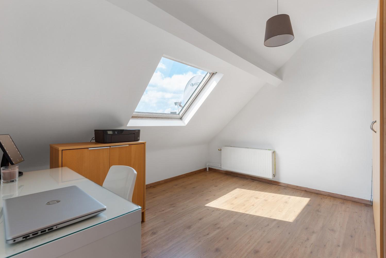 Ruime bel-étage met 5 slaapkamers & garage in Borgerhout! afbeelding 19
