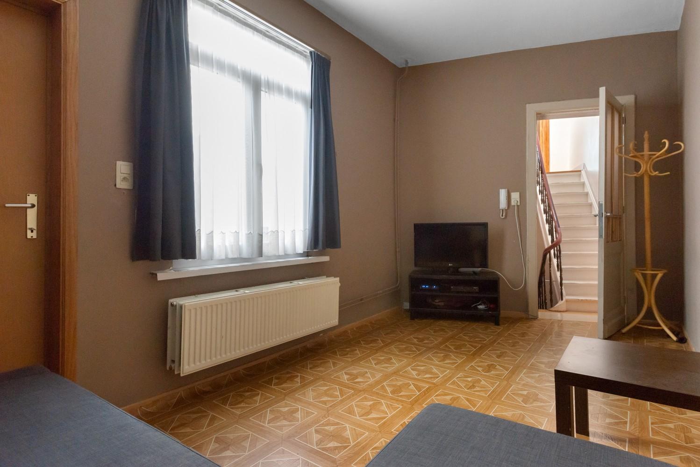 Ruime bel-étage met 5 slaapkamers & garage in Borgerhout! afbeelding 13