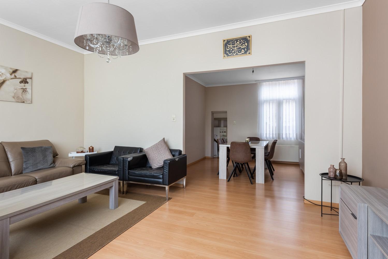 Ruime bel-étage met 5 slaapkamers & garage in Borgerhout! afbeelding 6