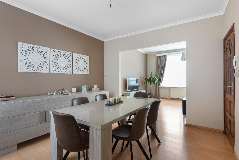 Ruime bel-étage met 5 slaapkamers & garage in Borgerhout! afbeelding 8