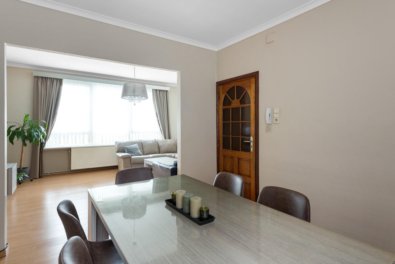 Ruime bel-étage met 5 slaapkamers & garage in Borgerhout! afbeelding 5